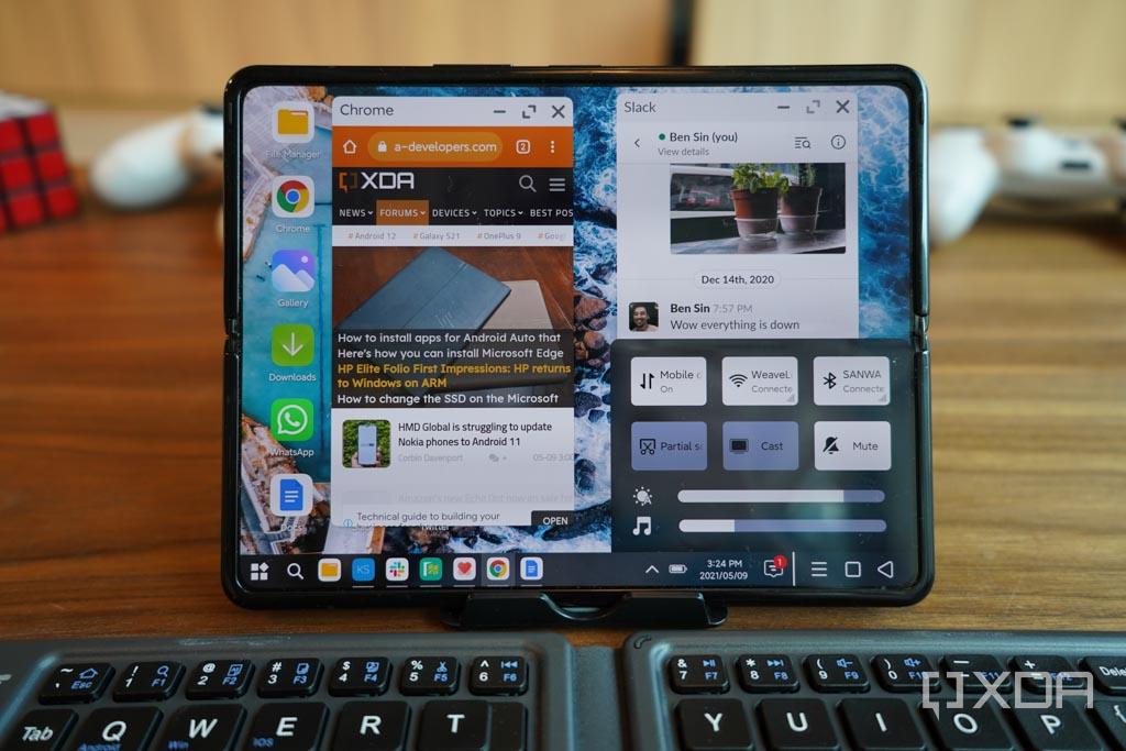 [Video] Guarda lo smartphone pieghevole di Xiaomi trasformarsi in un PC