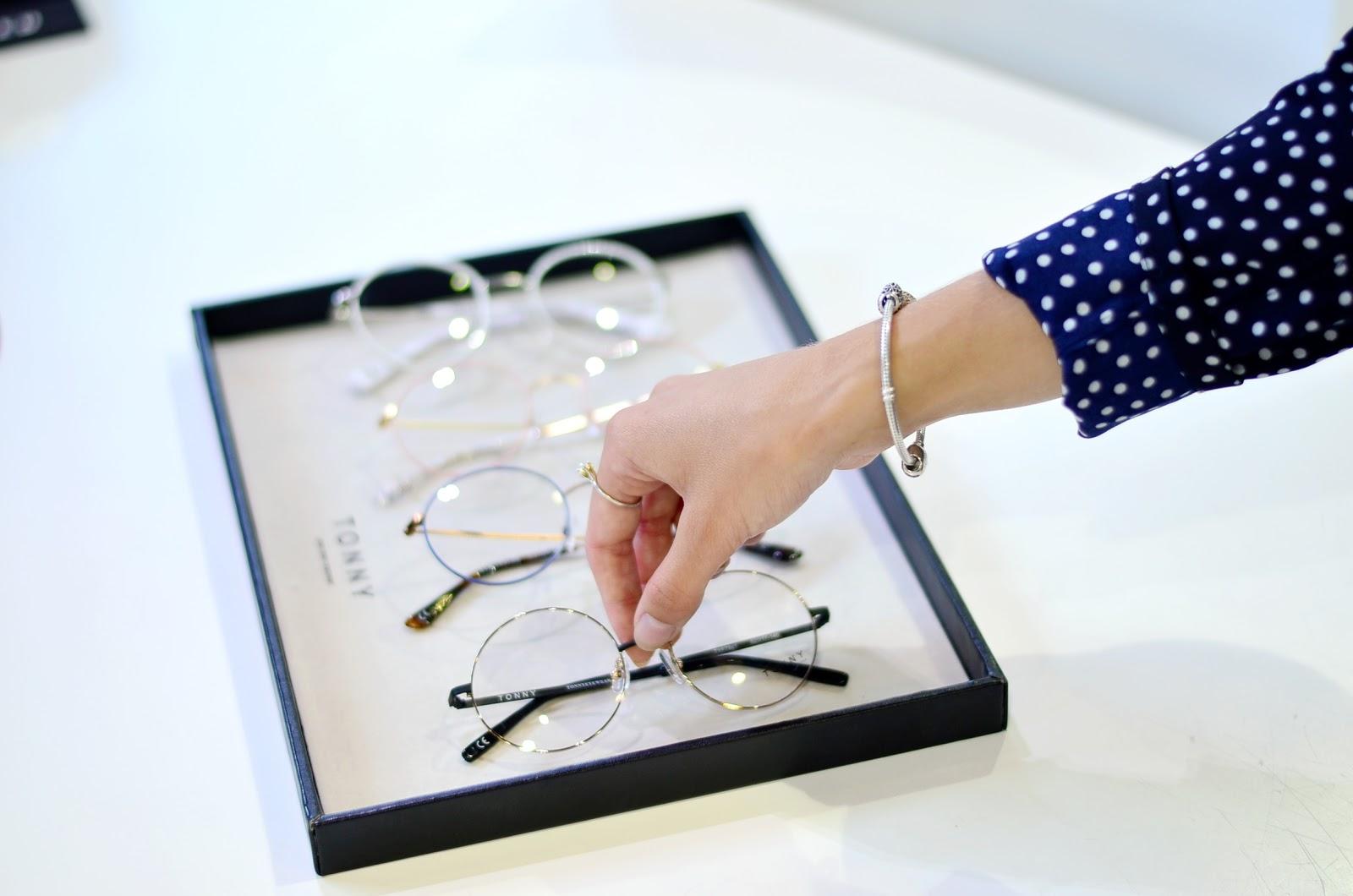 Wizyta w Studio Optyczne 44- dzień z marką Tonny Eyewear. Jakie okulary wybrałam dla siebie?