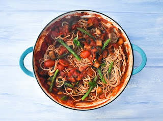 Grilled Aubergine, Asparagus & Chilli Spaghetti in casserole pan