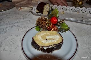 Tronco de chocolate y nata para Navidad.