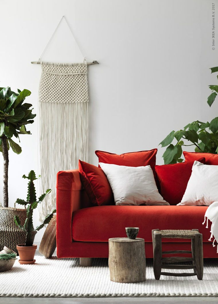 21 ways to use red sofa into your space