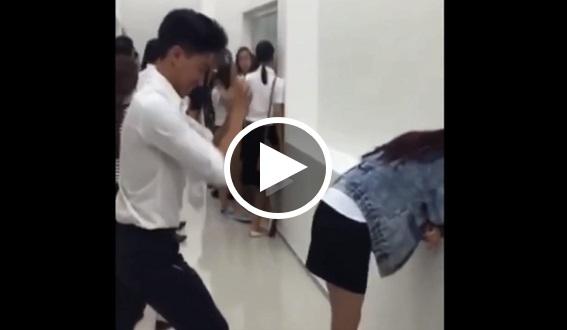 Seorang pelajar wanita mendapat 'malu besar' selepas gurauan yang dilakukan seorang pelajar lelaki ini terhadapnya