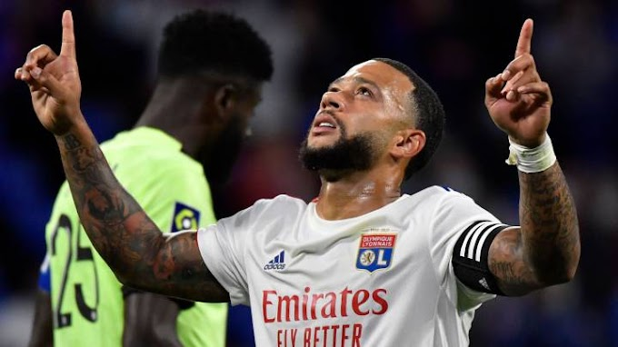 Lyon president confirms Barcelona interest in Depay but are not the only one interested