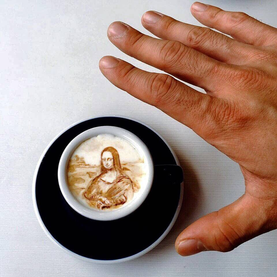 03-Mona-Lisa-Leonardo-da-Vinci-Lee-Gwan-Bin-Famous-Paintings-in-Coffee-Food-Art-www-designstack-co