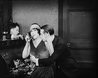 "Кадр из фильма Чарли Чаплина ""Парижанка"" (1923) - 3"