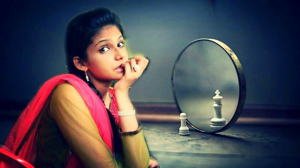 siddhi karkhanis marathi actress hot