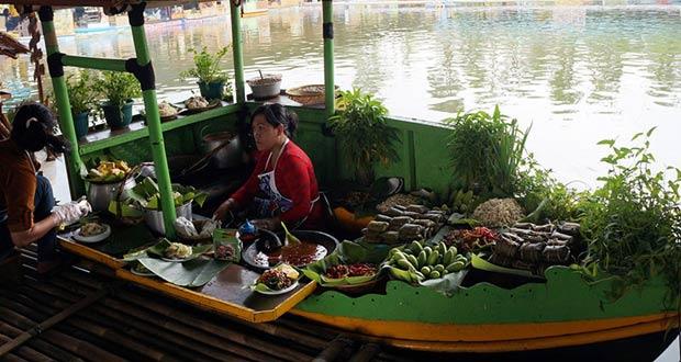 Floating Market Bandung (Foto : liandamarta.com)