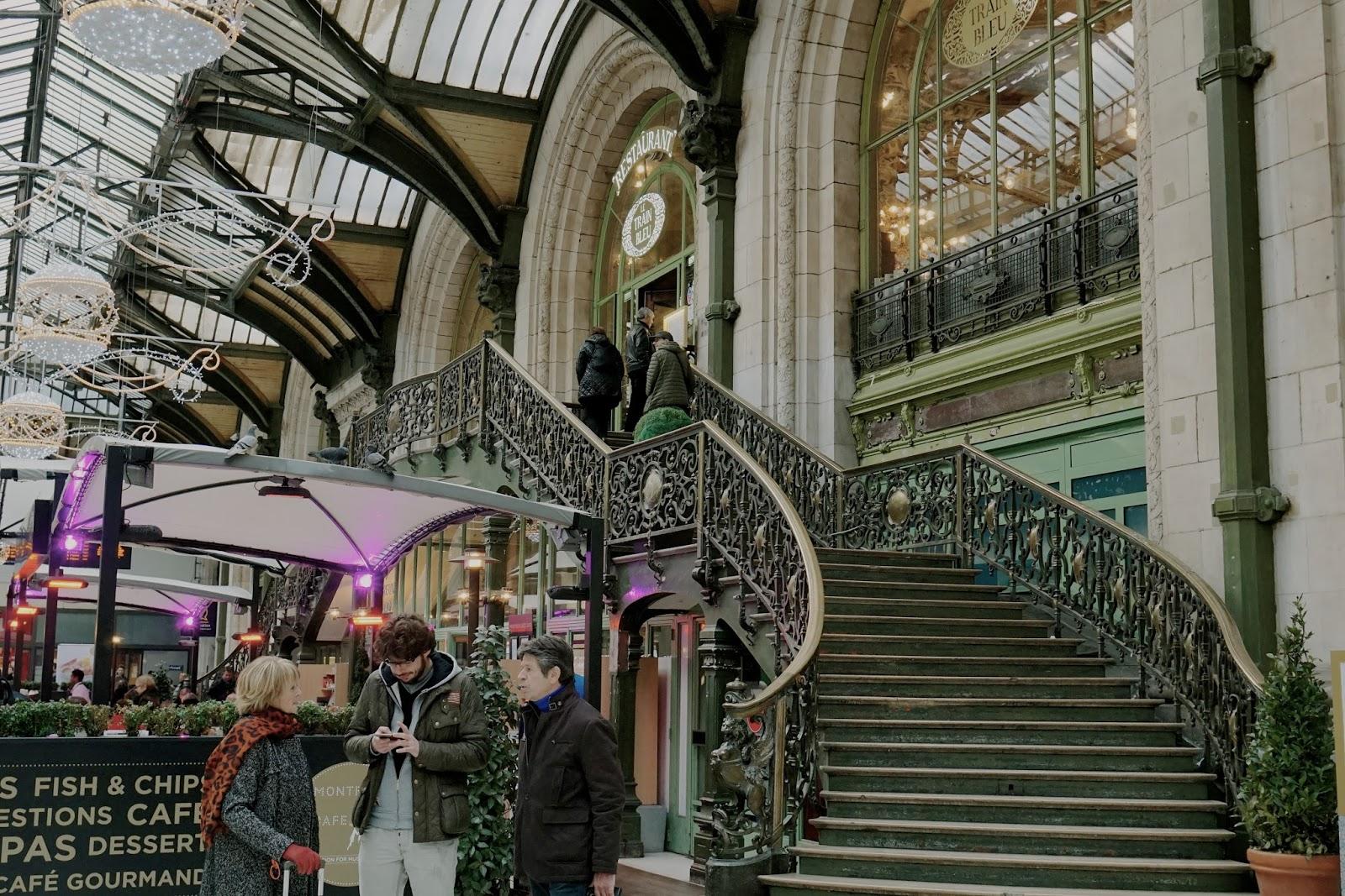 リヨン駅(Paris Gare de Lyon) ル・トラン・ブルー(Le Train Bleu)