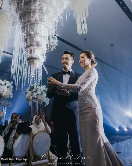 Kek Kahwin #zahirAH Terbalik Bukan Biasa-Biasa