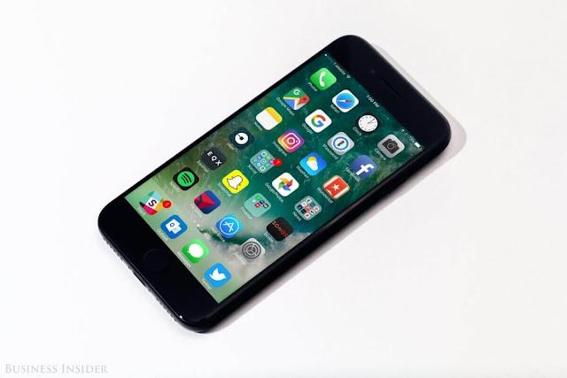 ايفون 7 وايفون 8 وايفون X يمتلكون نفس تجربة iOS