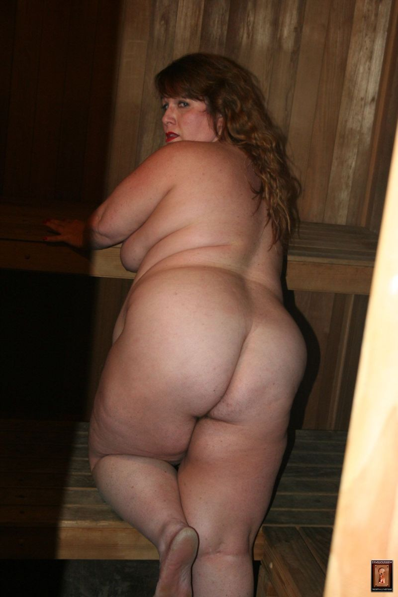 chubby naked older mature women