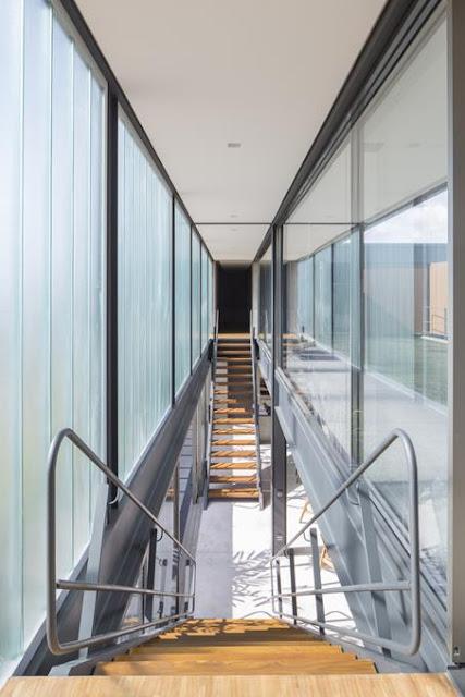 Projeto Casa Ribas criado pelo Estúdio MRGB - Escadas