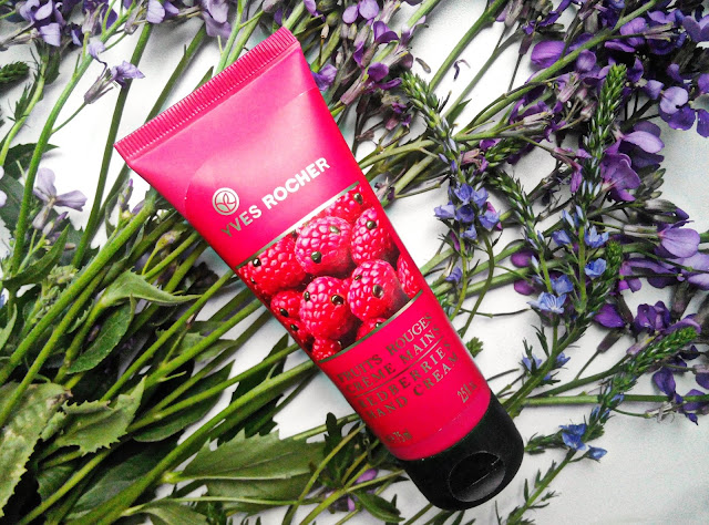 "Yves Rocher Redberries Hand Cream Крем для рук ""Красные ягоды"""