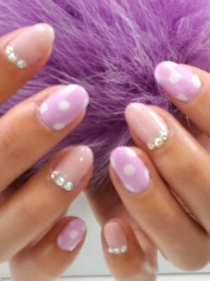 Pretty-Nail-Art-Designs-to-Try-This-Summer