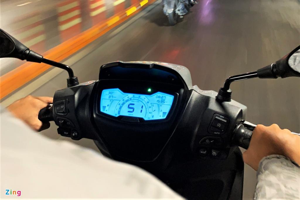 Đánh giá Piaggio Medley 2020 - nặng nề và nhiều tiện nghi