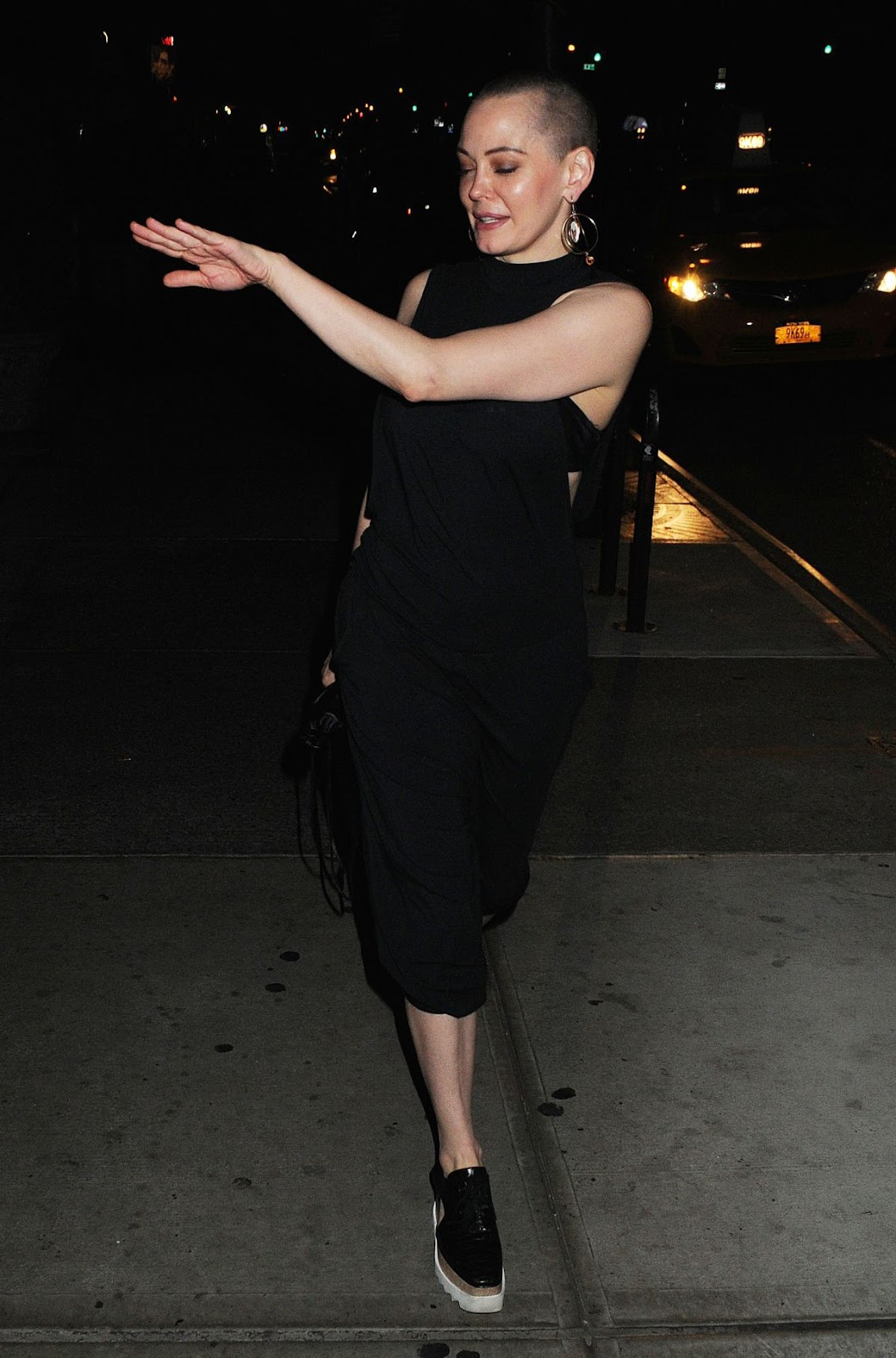 Rose Mcgowan Leaves Bowery Hotel In New York