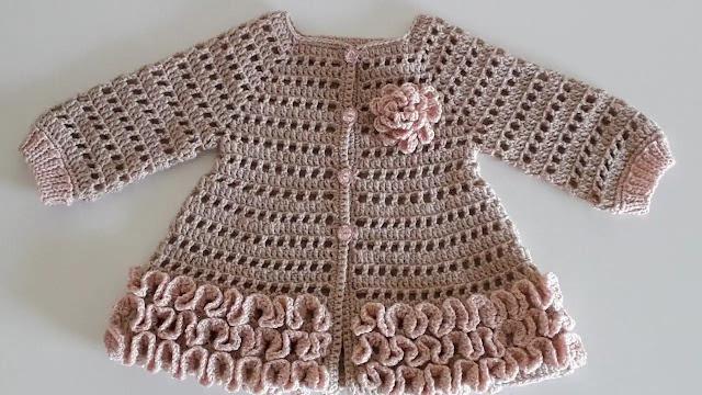 Cómo Tejer Cardigan de Bebé a Crochet con Detalles de Ondas