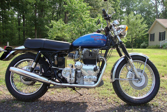 Royal Enfield Constellation HD Pics