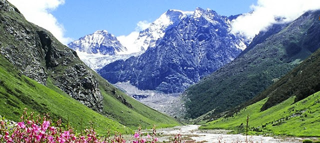 Live And Feel The Nature With Attractive Uttarakhand Holiday Packages!