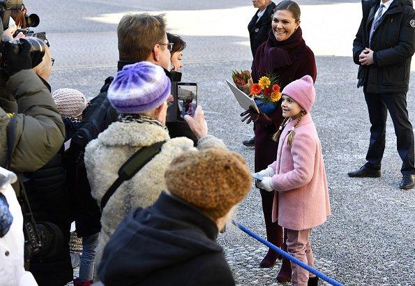 Crown-Princess-Name-Day-9.jpg
