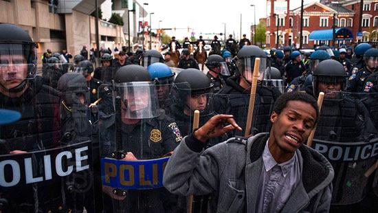 proposta aumenta pena crimes injuria racial