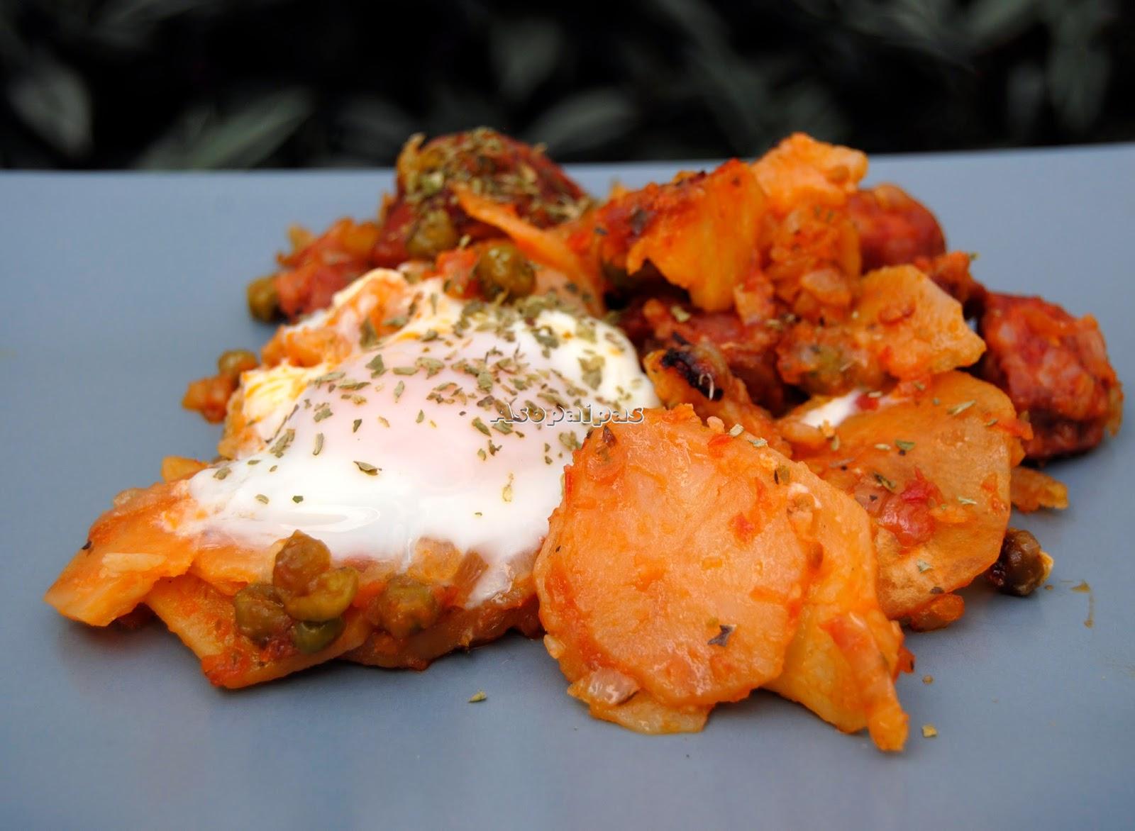 Huevos con  Chorizos Boferos