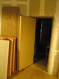 soundproof doorway