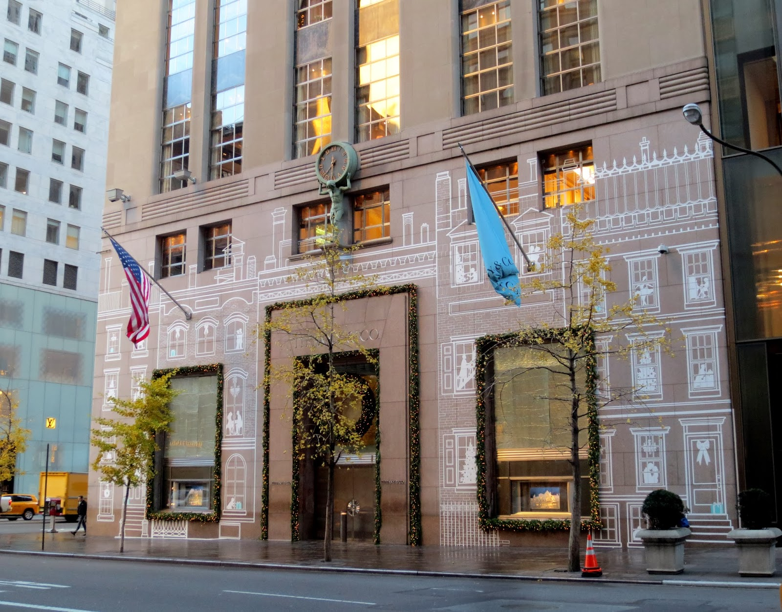 The Tiffany Story Begins In 1837 New York City When Charles Lewis Arrived Since 1940 S Flagship Has Been Located At