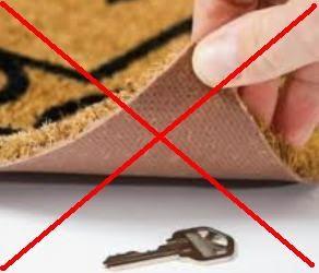 tempat yang aman untuk menyimpan kunci rumah
