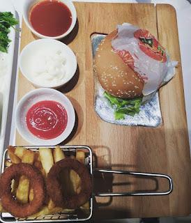 vale restaurant talas kayseri menü fiyat listesi hamburger siparişi