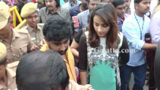 Trisha visits Amma Memorial