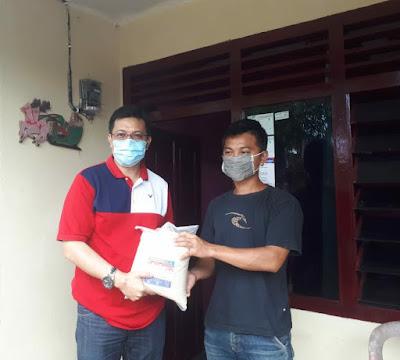 Peduli Masyarakat, HJP turun langsung Salurkan bantuan kepada masyarakat Kota Manado