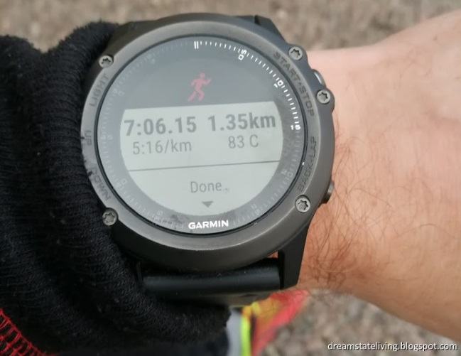 garmin fenix 3 hr, showing run at 5:16/km pace