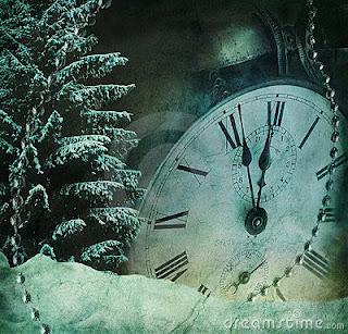 Τεράστιο ρολόι δείχνει δώδεκα παρά πέντε