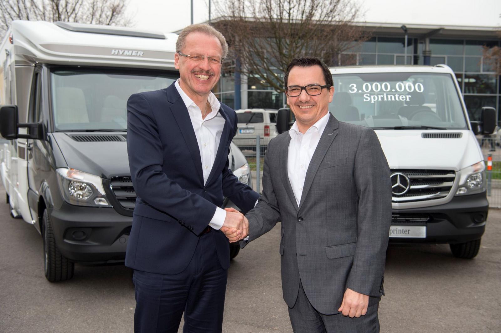 Mercedes Sprinter là chiếc van thành công ngoài mong đợi của Mercedes