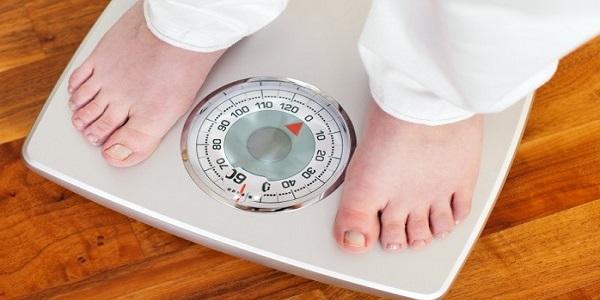 Menimbang Berat Badan dan Mengukur Tinggi Badan Setiap 6 Bulan