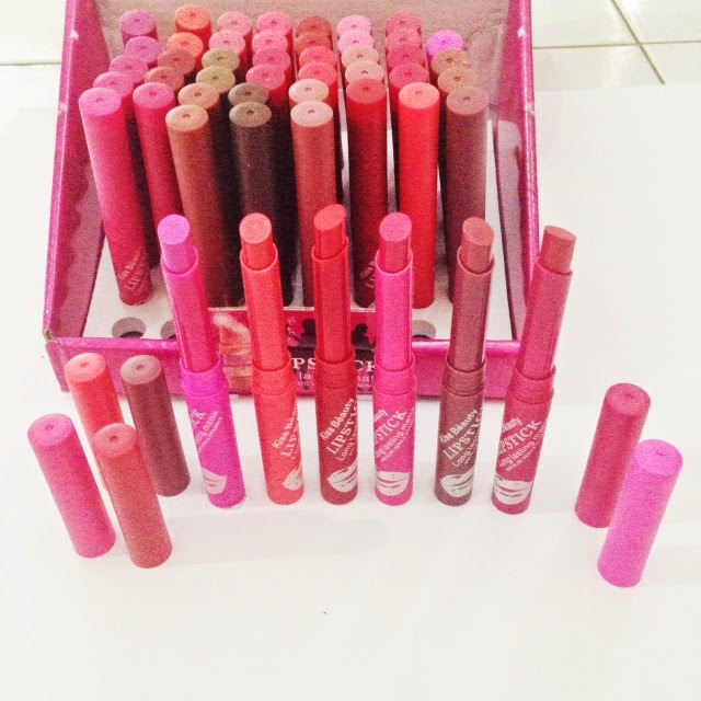 Lipstick KISS BEAUTY MATTE Long Lasting