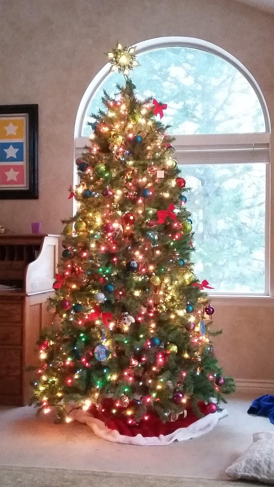 90s Christmas Tree.Our Life With 12 Kids Christmas Trees
