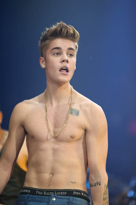 Naked Justin Bieber Pictures