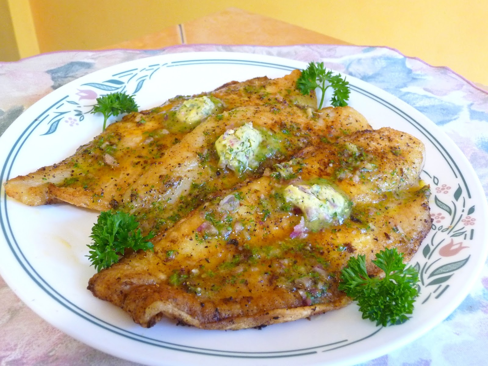 Splendid low carbing by jennifer eloff fried fish in for Carbs in fried fish