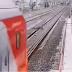 Vídeo – Homem se deita em trilhos de trem é cortado ao meio