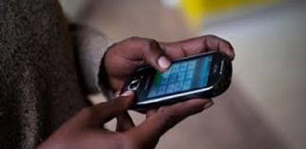 Alizé, le marché des téléphones portables au Sénégal : Tourisme, marché, Alizé, Plateau, centre, ville, vente, réparation, téléphone, portable, mobile, LEUKSENEGAL, Sénégal, Dakar, Afrique