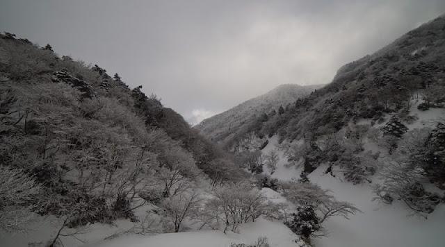 Ήπειρος: Νέα επιδείνωση του καιρού τις βραδινές ώρες – Τοπικές χιονοπτώσεις στα ορεινά την Κυριακή και τη Δευτέρα