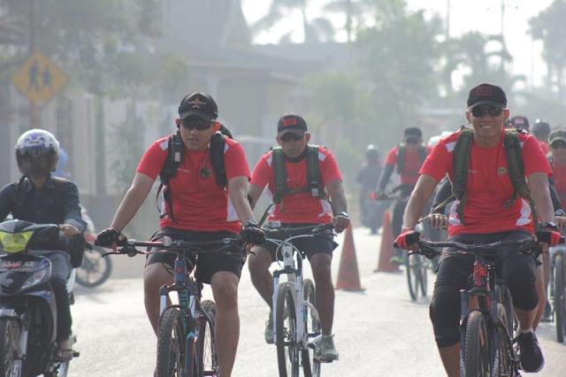 Gowes Silaturahmi Yonif Para Raider 502 Kostrad Bersama Detasemen B Pelopor Brimob