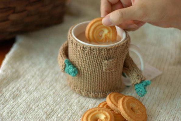 Tazas vestidos con adorables suéteres por Mug Sweater