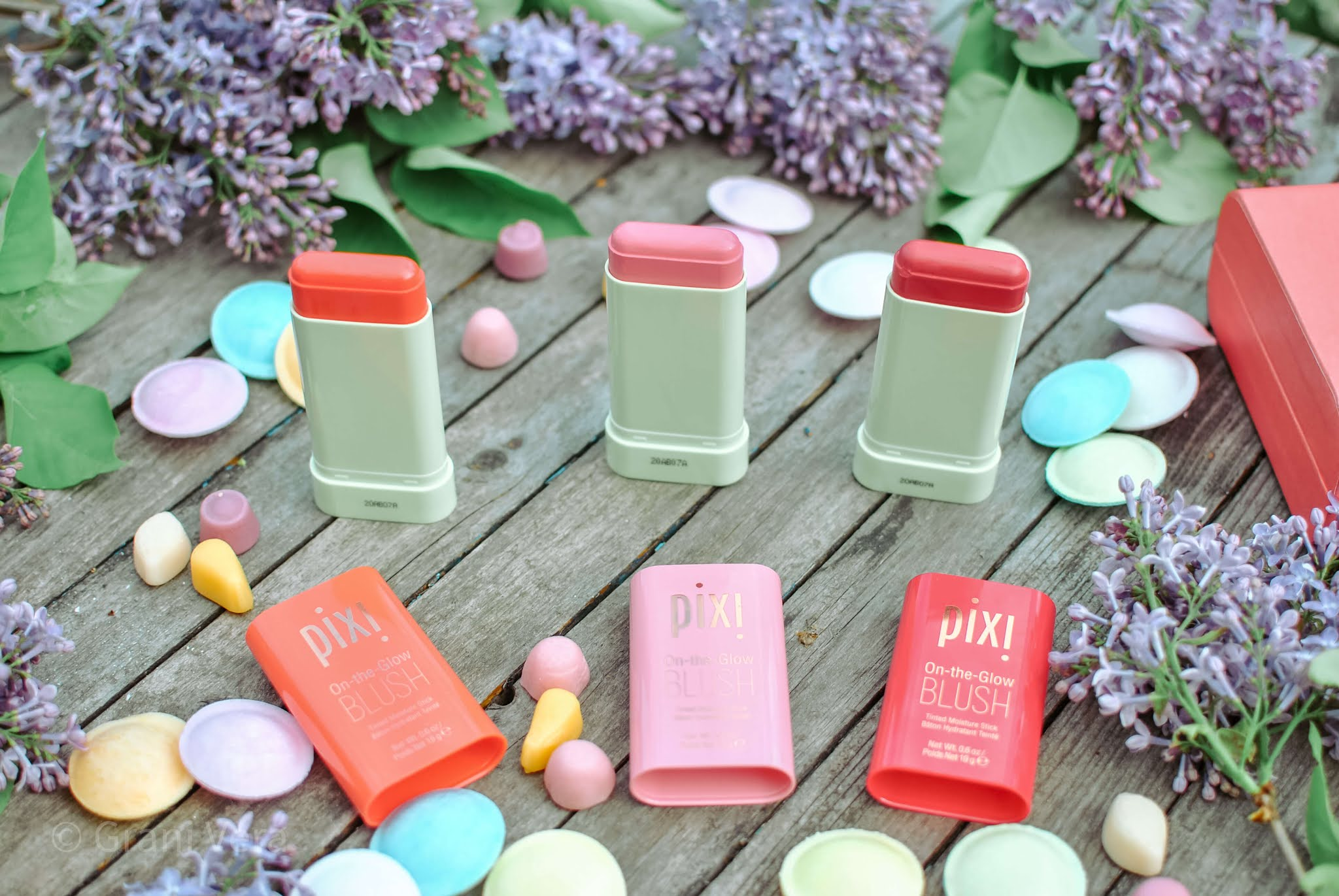 pixi-on-the-glove-blush-opinie-review
