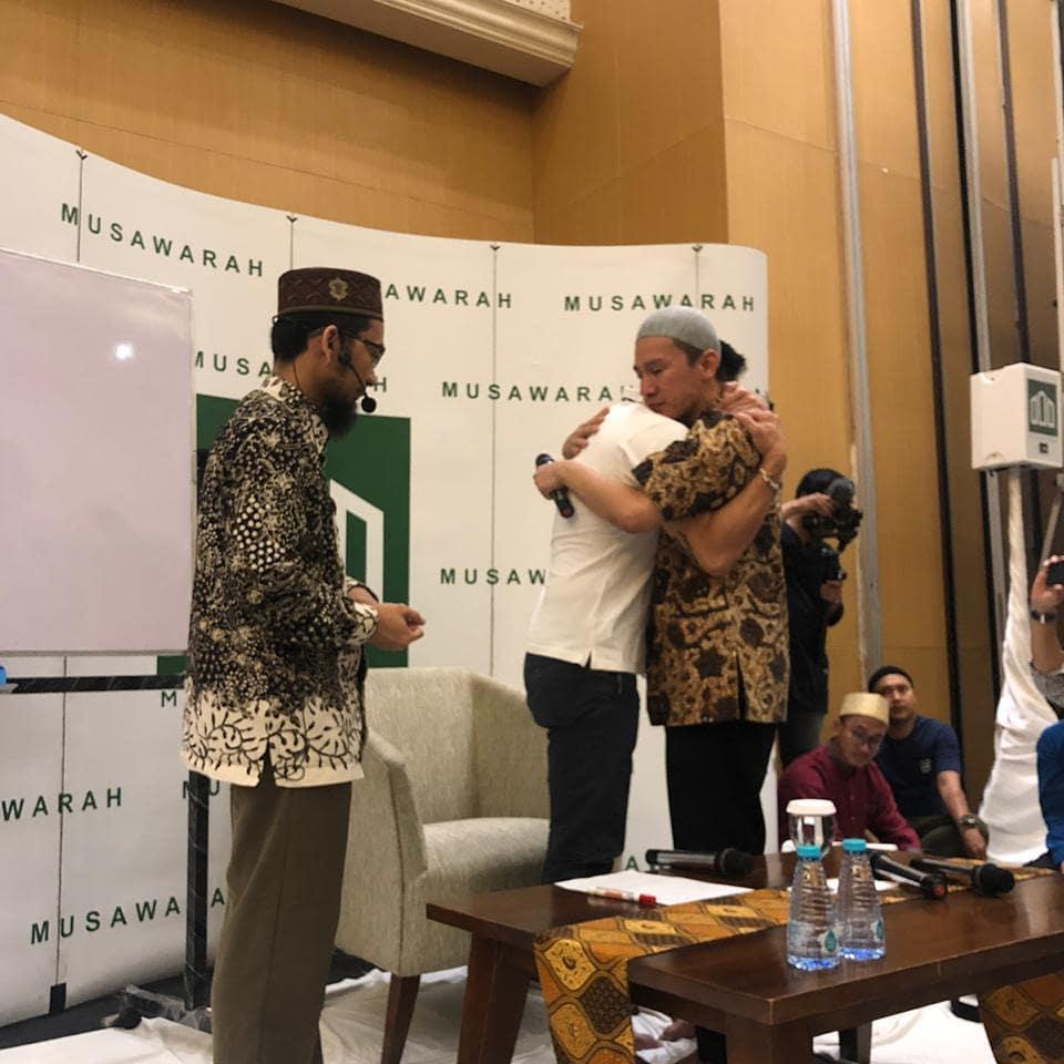 Kisah di Balik Mualafnya Freddy Siauw: Debat Sengit Pilpres