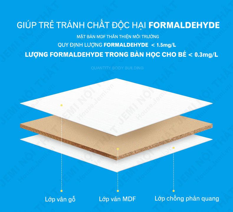 Mặt bàn học của bàn học thông minh có lượng formaldehyde thấp hơn và thân thiện môi trường