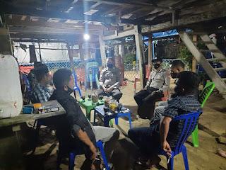 Kanit Shabara Polres Wajo Pimpin Patroli Malam,Ini Yang di Sampaikan Kepada Warga
