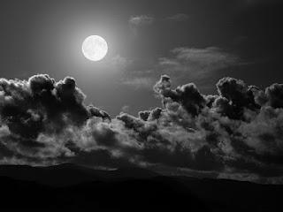 Jauhi Angin Malam Agar Tidak Masuk Angin